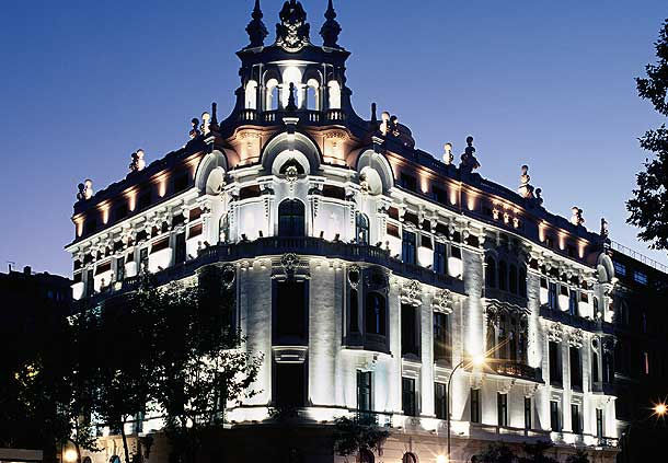 AC Palacio del Retiro Madrid (Autograph Collection) Avios