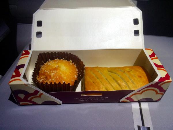 Cena ligera o snack recibido durantes el segundo serivicio.