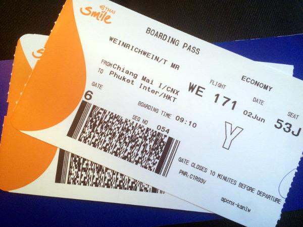 Tarjeta de embarque para el vuelo WE 171 de Chiang Mai a Phuket