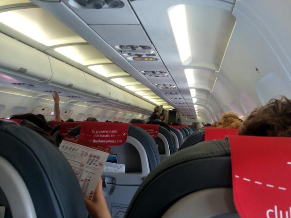 Clase turista Iberia Express A320