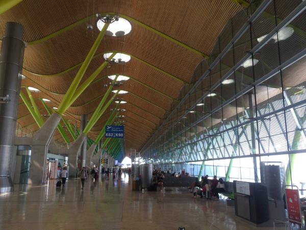 Llegada a la terminal 4 de Madrid - Barajas