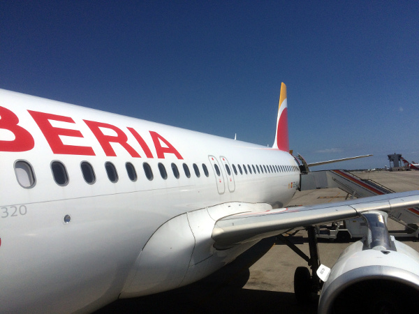 Descuento en Avios Iberia Regional Air Nostrum, promo 10% descuento Iberia.com con redención Avios.