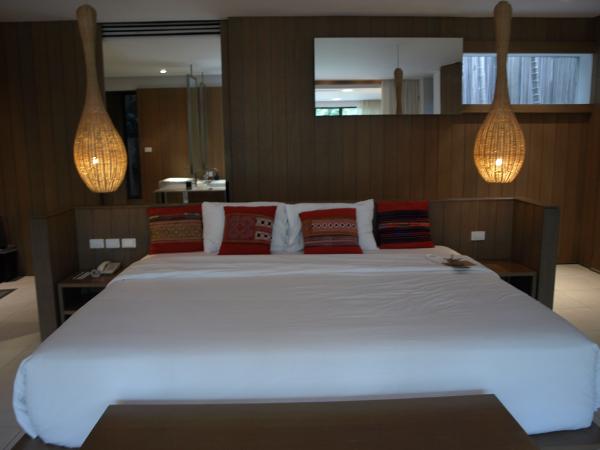 Veranda Chiang Mai: habitación Pavillion con piscina, cama.