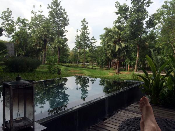 Veranda Chiang Mai: vista desde la piscina de la habitación.