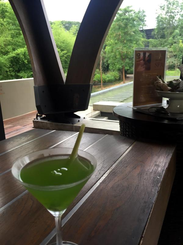 Veranda Chiang Mai: bebida de kiwi y caña limón de bienvenida.