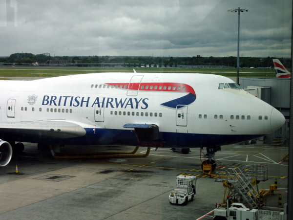 El Boeing 747-400 de British Airways en Londres Heathrow.