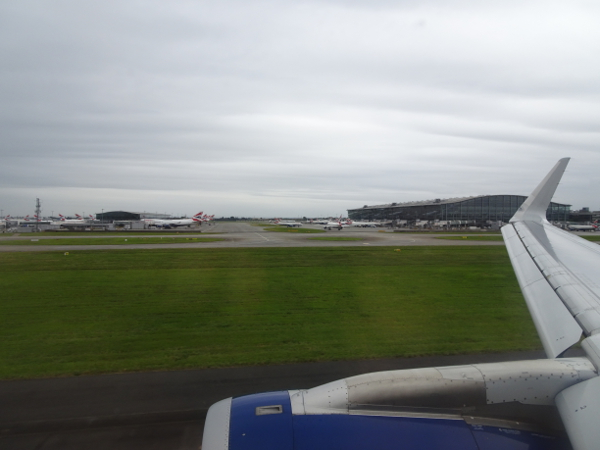 Aterrizando en LHR. Terminal 5 de British Airways.