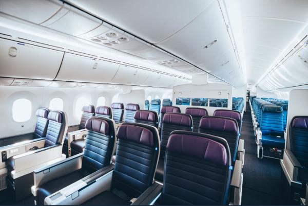 Cabina United Premium Plus y Turista de United Airlines Dreamliner 787-10.