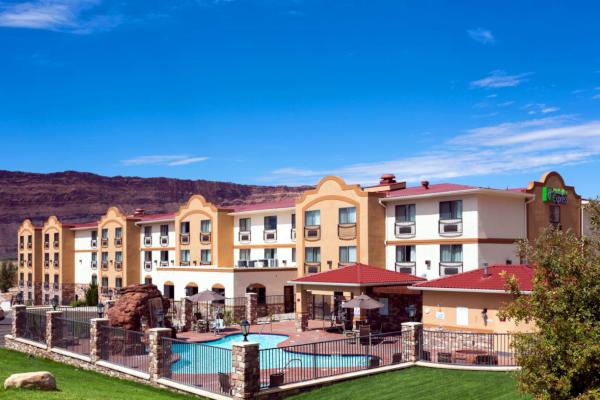 Holiday Inn Express Moab.