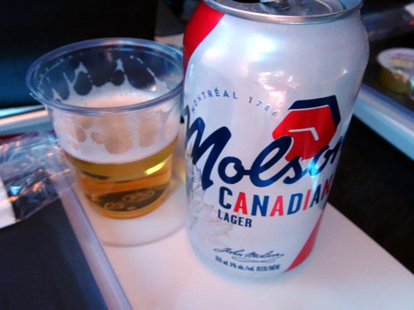 Air Canada Boeing Dreamliner 787: cruzando el Atlántico en Economy.