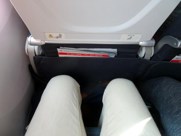 Asiento Turista Air Canada Dreamliner 787: separación entre filas.