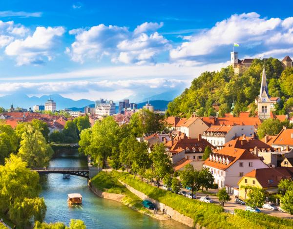 Liubliana y Fez nuevos destino de Iberia para el verano 2020.