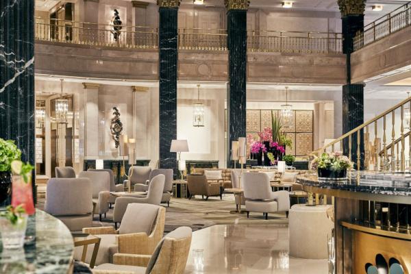 Lobby Four Seasons Madrid.